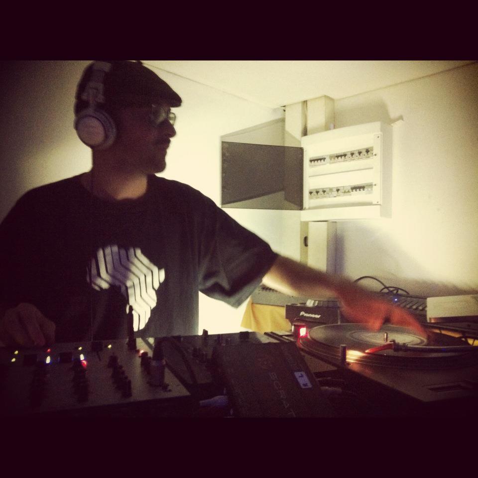 dj-nio_hip-hop_rap_clubbin.jpg