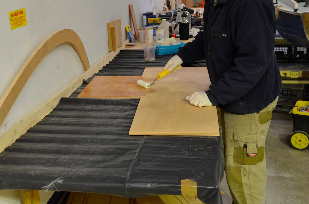 Sealing the inner face of centreboard case