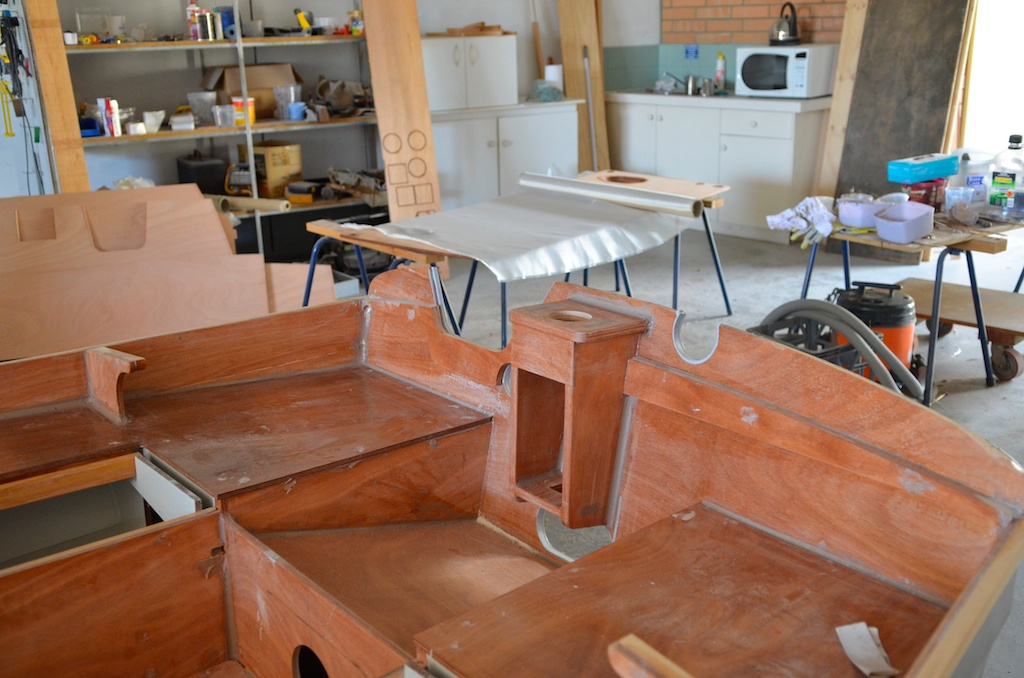 Jewell cockpit seats and mizzen step.jpg