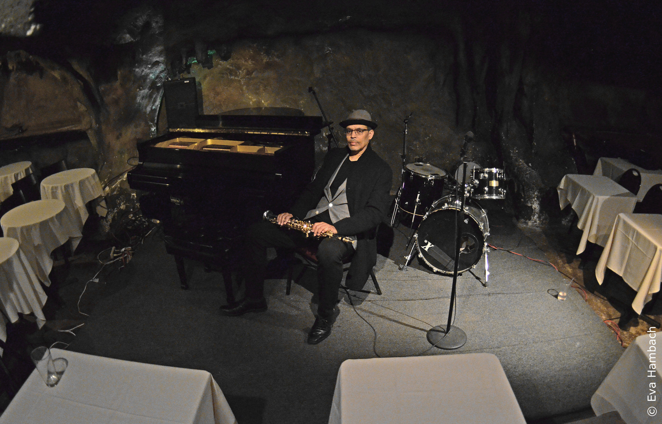 Marshall Keys-Alone at the club-Bohemian Caverns.jpg