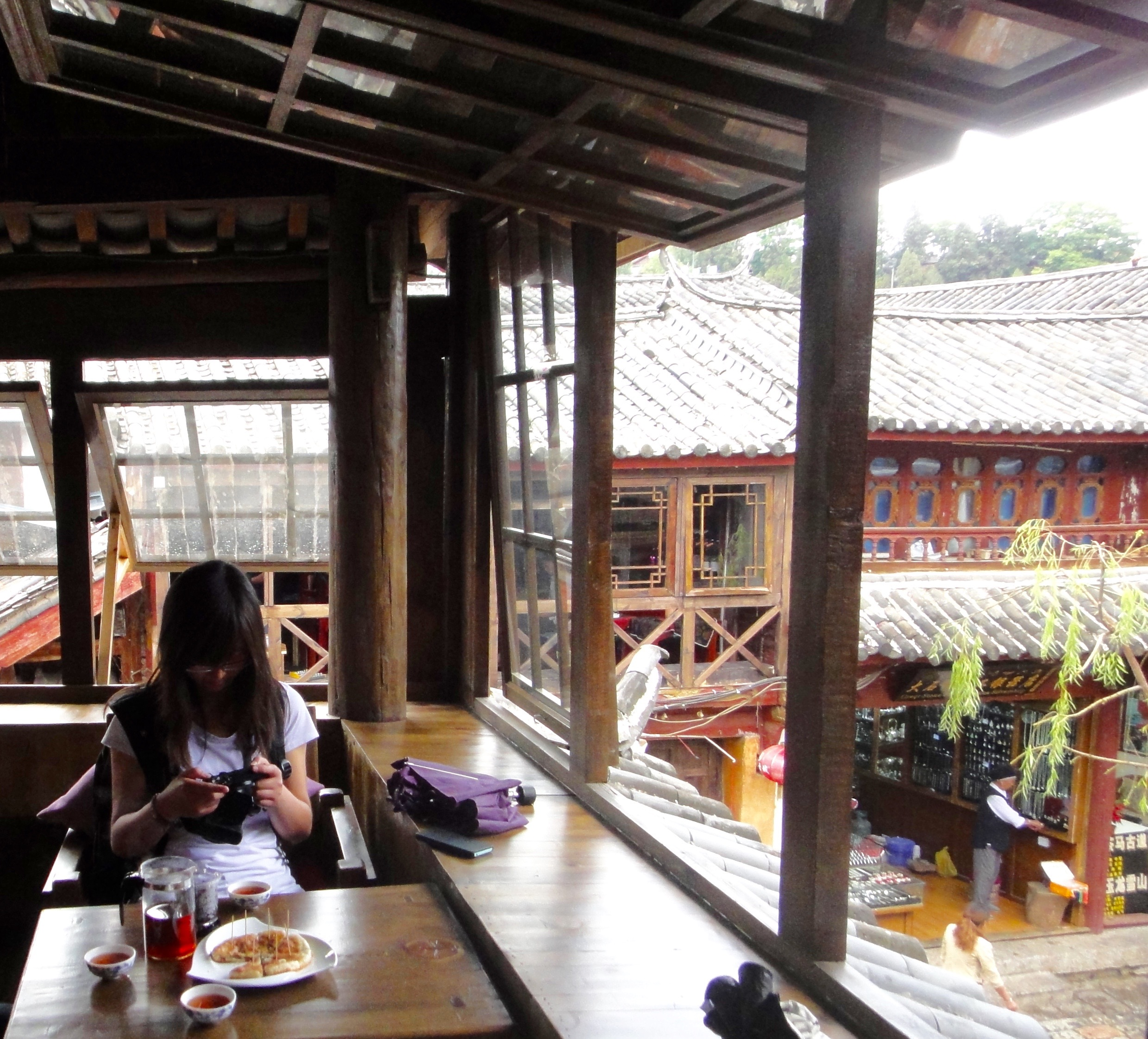 Tea with Ya-Ping in a tea house in Lijiang.