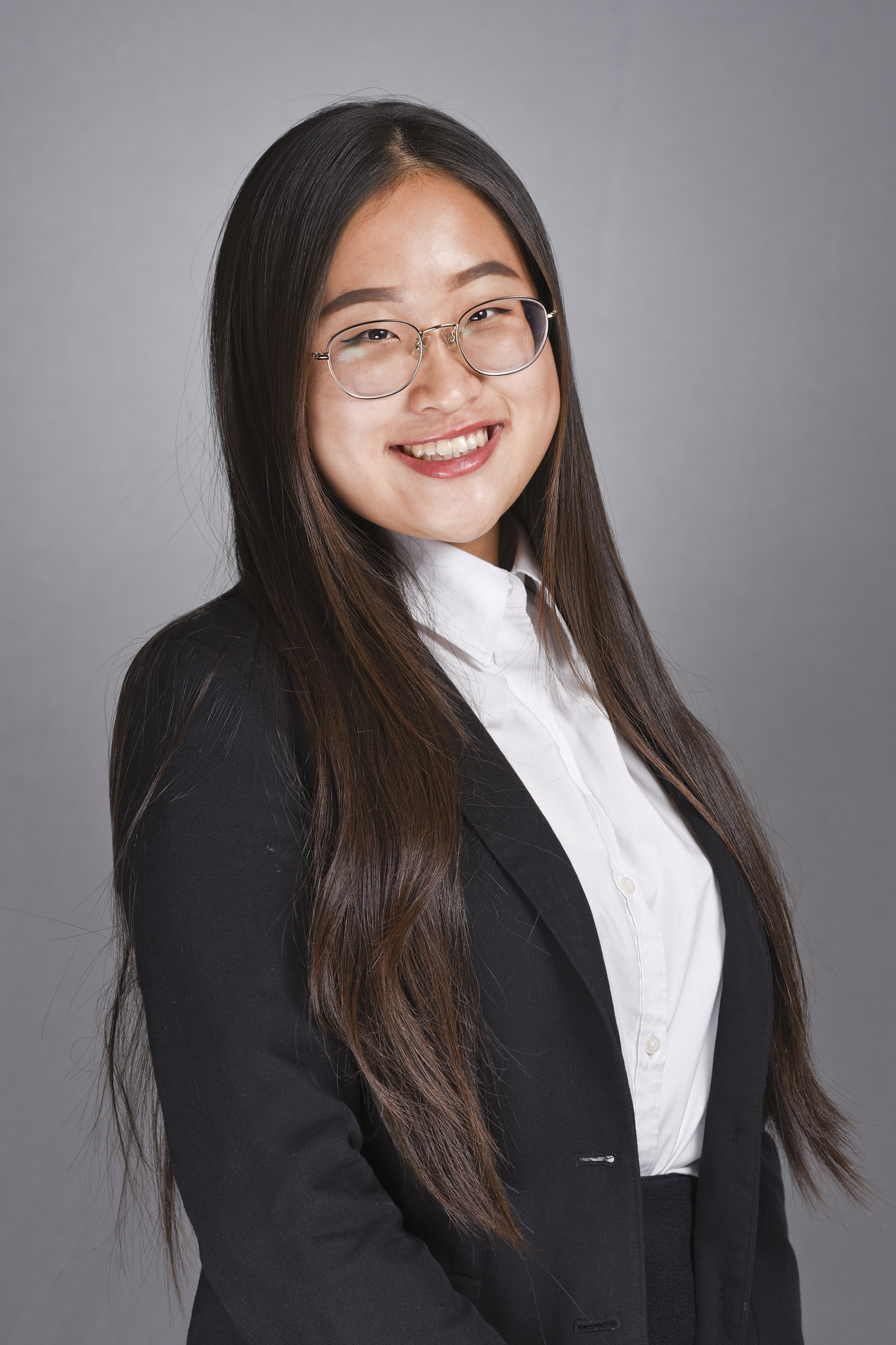 Jenny Yoo, Youth Board Vice President - Hello everyone! My name is Jenny Yoo and I am a senior at Buena Park High School. Some of the things I love doing are meeting new people and trying new things! YLA has allowed me to grow as a person through connecting with different student leaders in the community. This program has given me the oppertunity to truly evaluate what servant membership is.