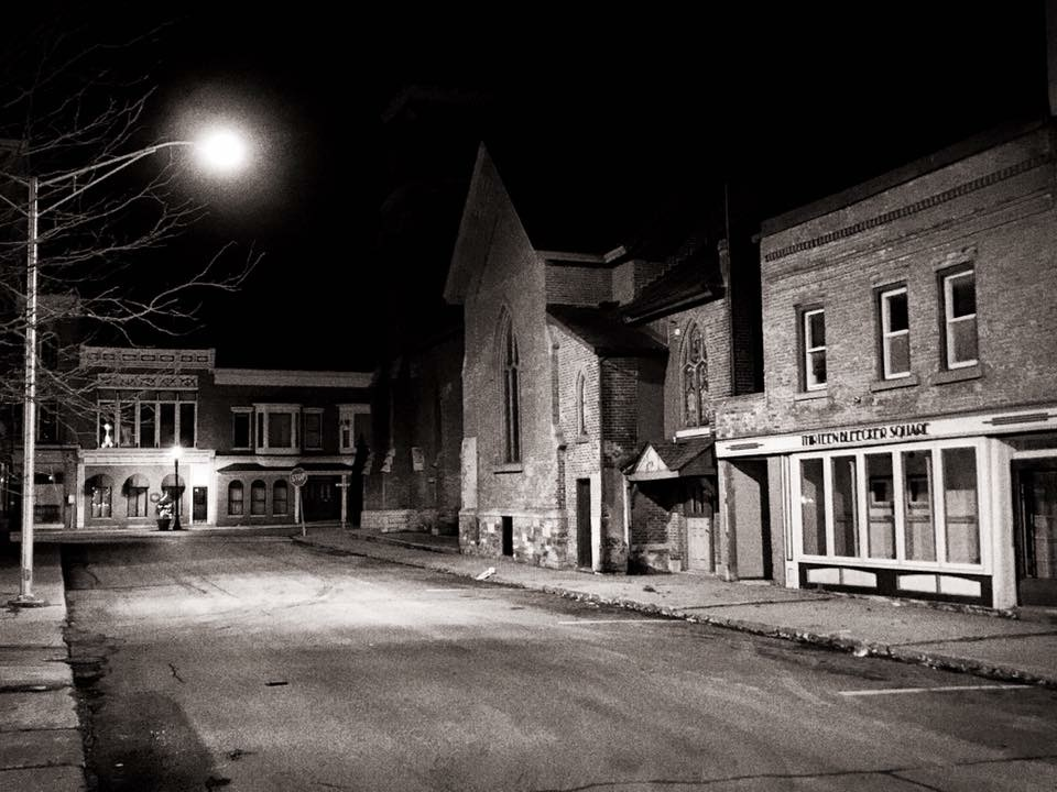 Gloversville NY at Night.jpg