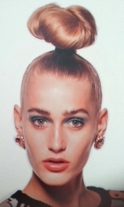 love the 80's makeup! i want to do a 80's style photo shoot!