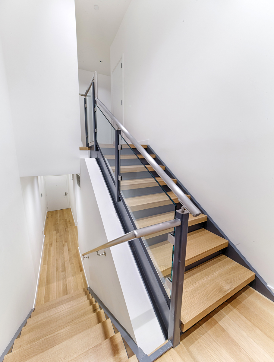 142Wooster_1A_stairs FOR WEB.jpg