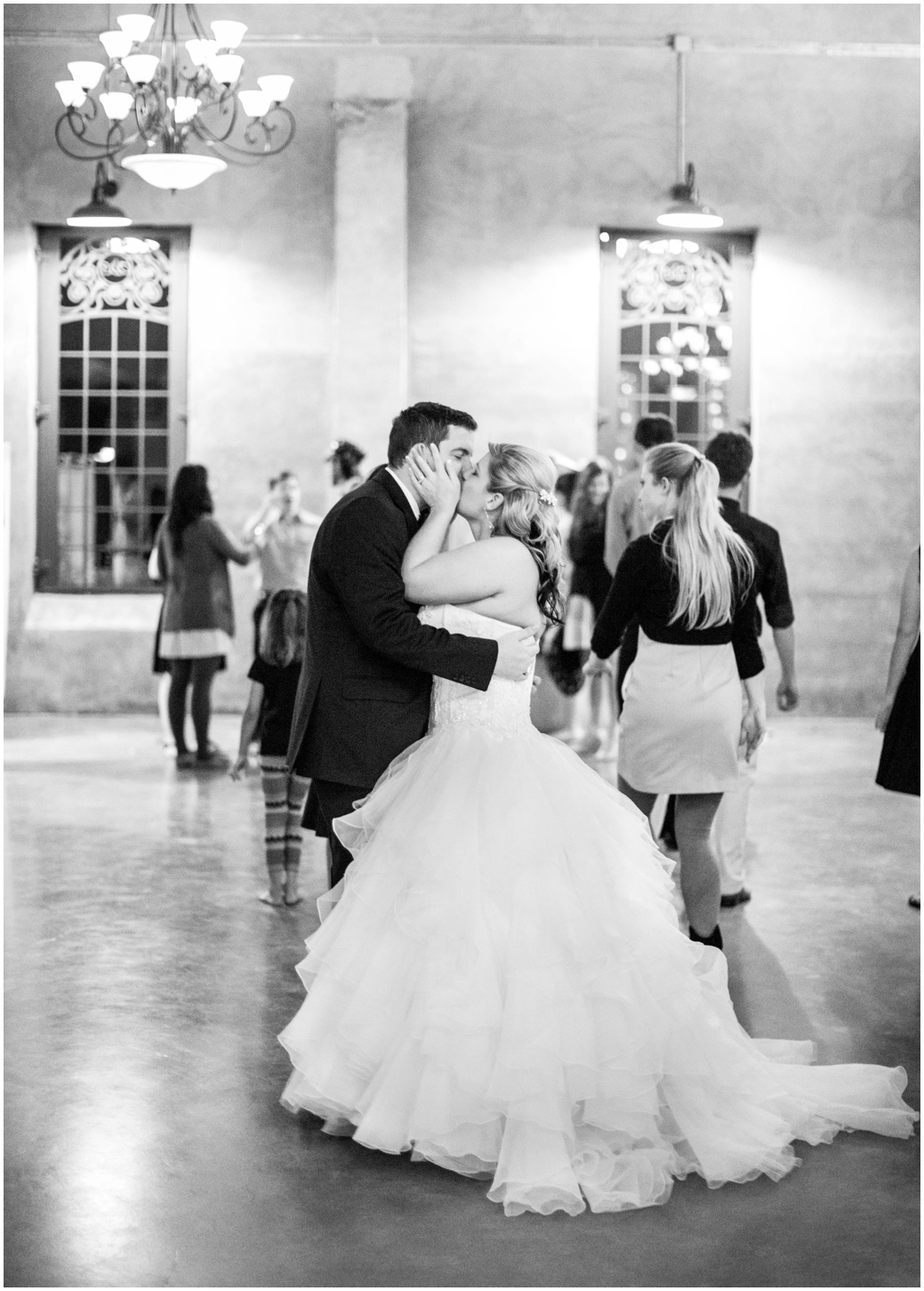 Sarah Best Photography - Jolly Wedding Olde Dobbin Station-500_STP.jpg