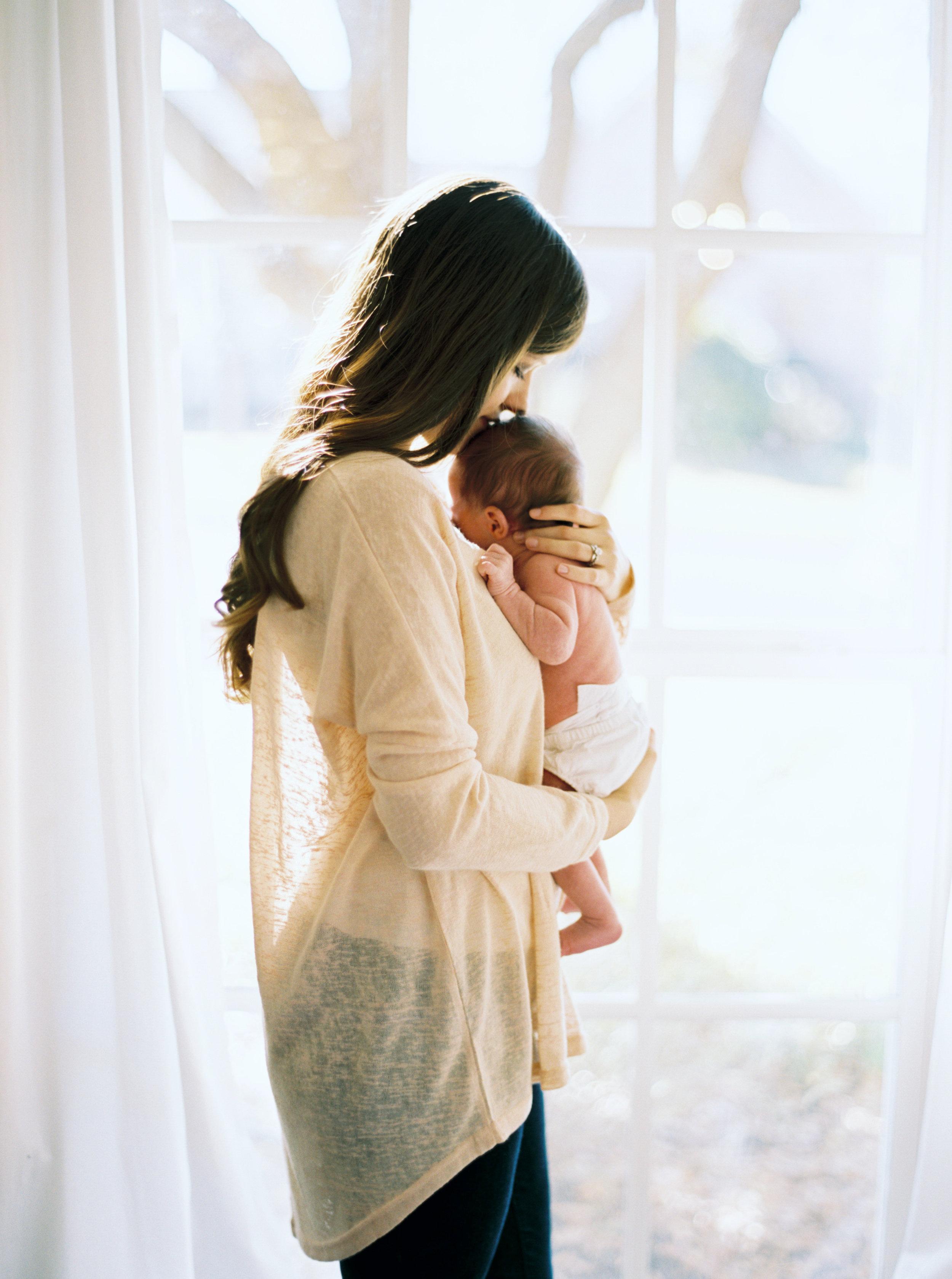 Whyte Home Newborn Session-122.jpg