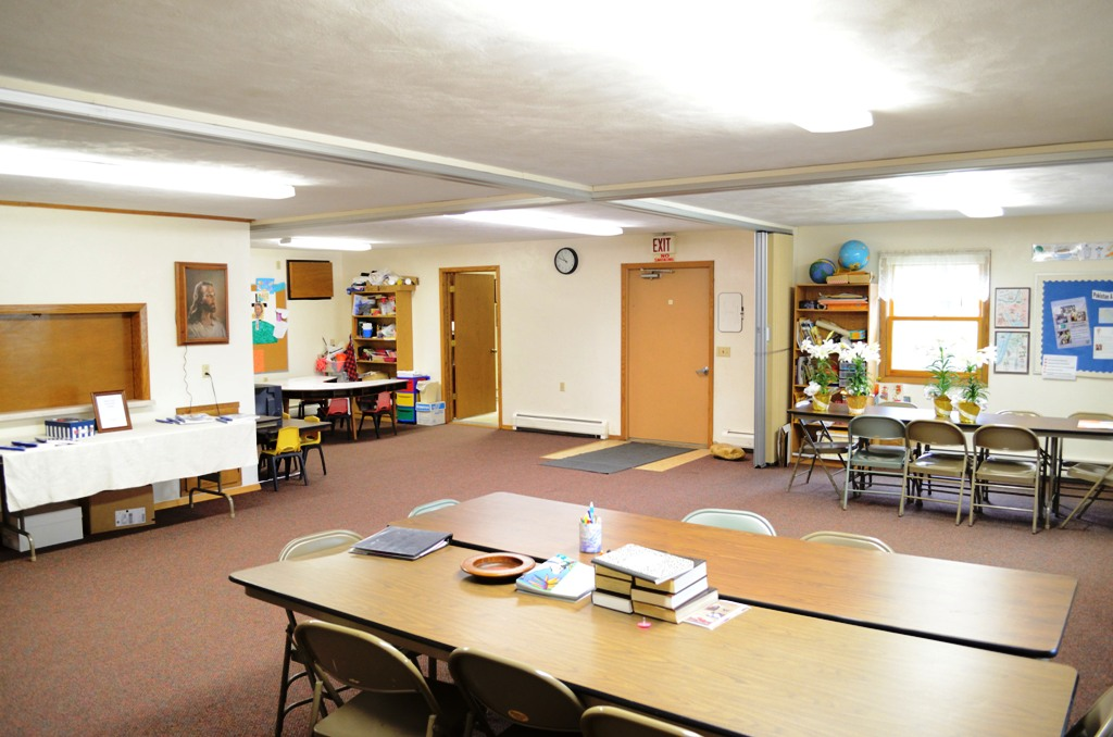 Initial fellowship hall built in 1978. It now serves as our Sunday school classrooms.