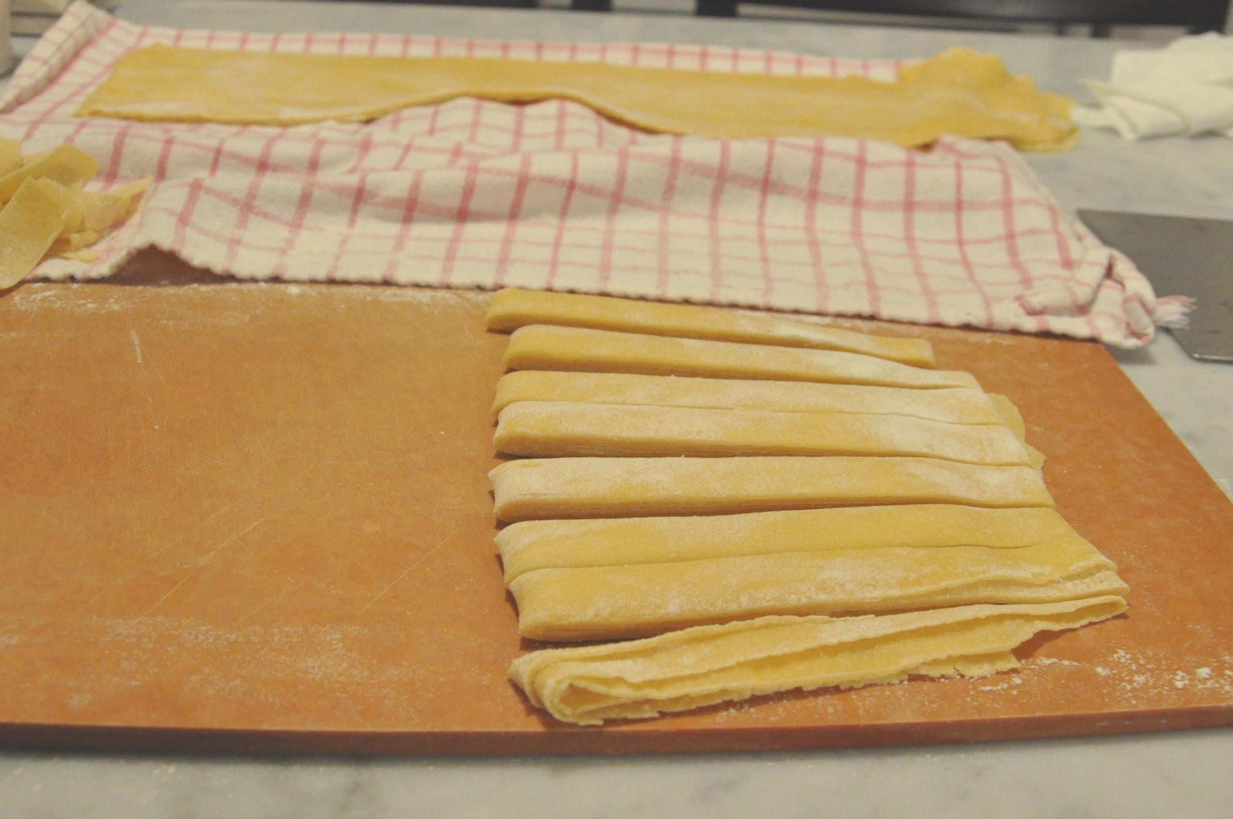 cutting_pasta2_cns.jpg