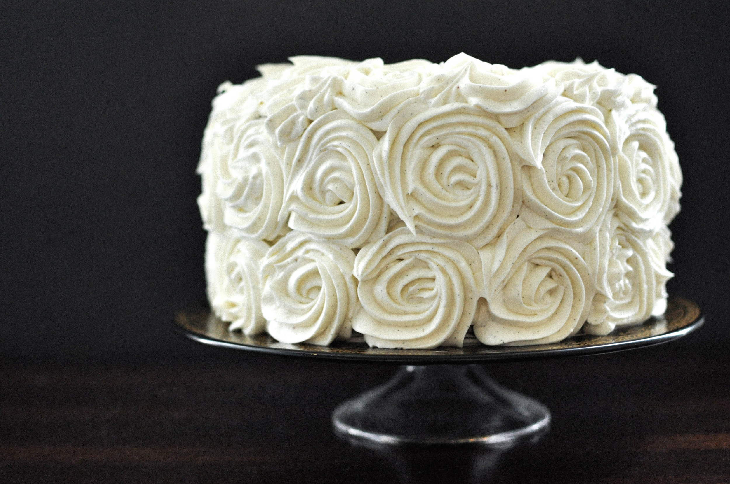 Chocolate Banana Cake with Vanilla Bean Buttercream | O&O Eats