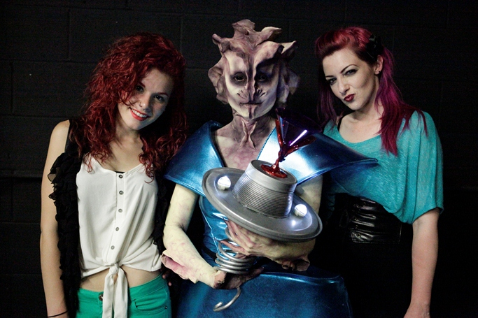 Alana-and-Nicole-with-creature-resized.jpg