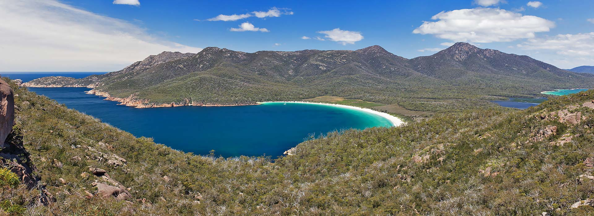 take a stroll   @ Wineglass Bay