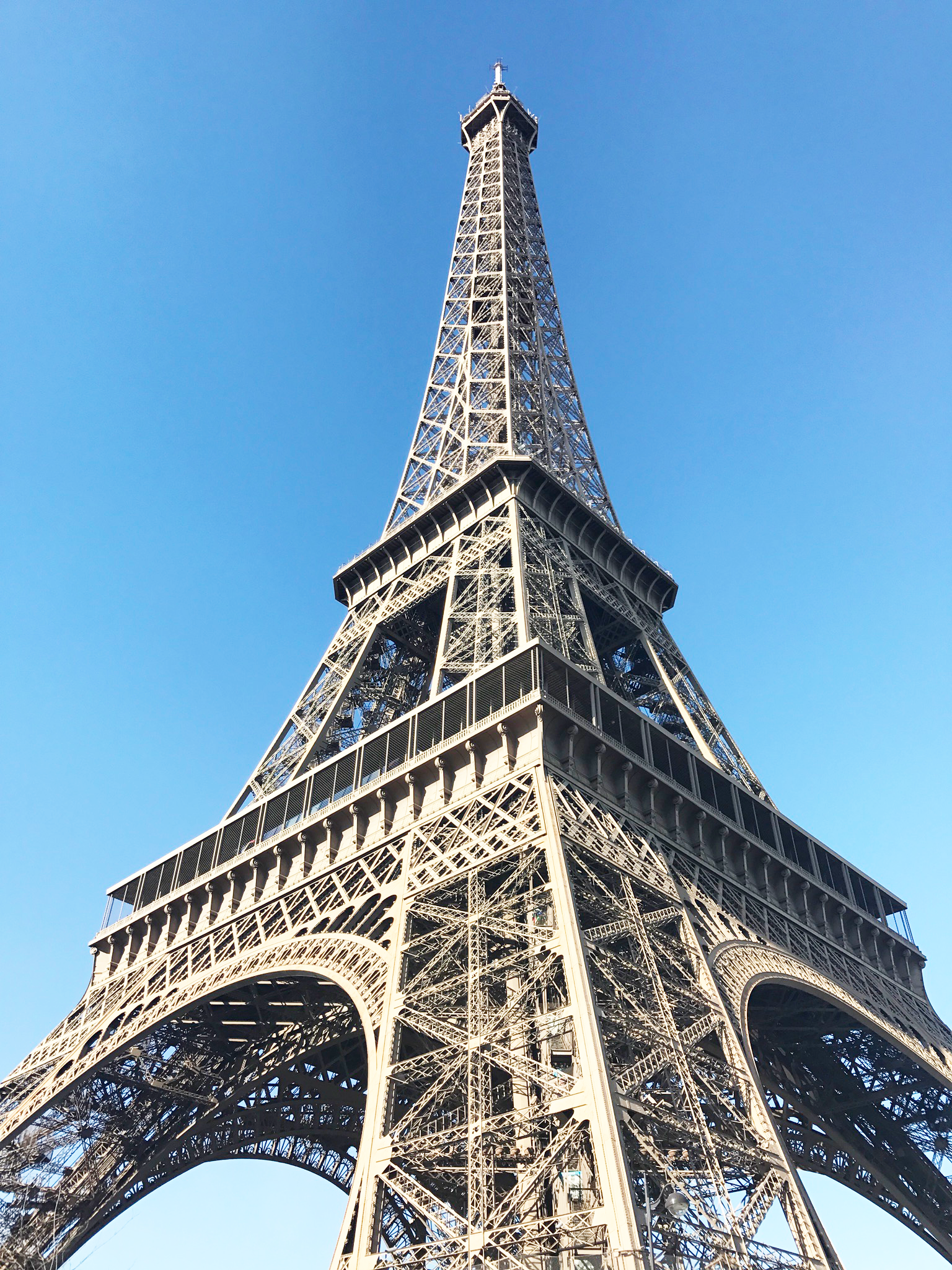 Eiffel_Tower_Paris.png