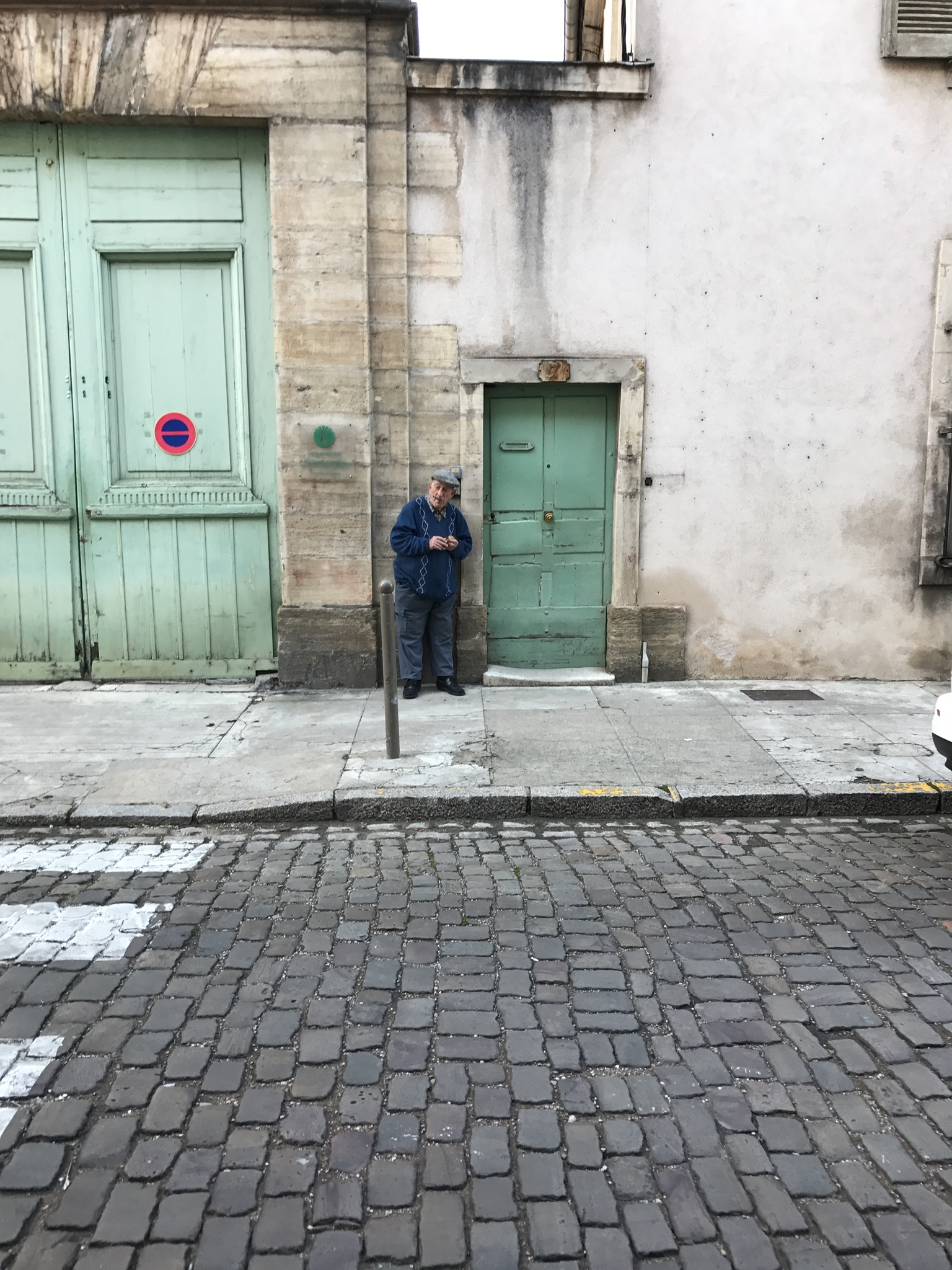 Beaune_France_Door.jpg