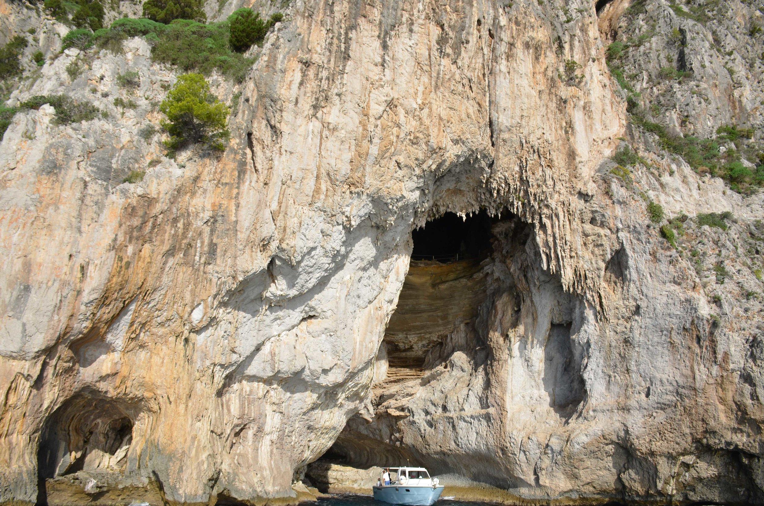 Capri_rock.jpg