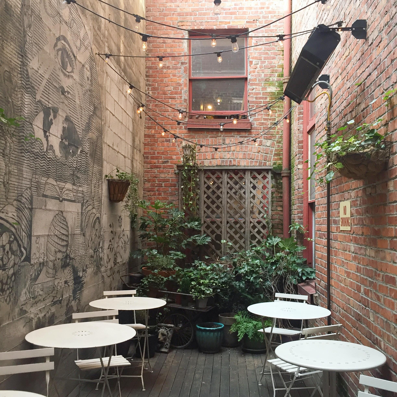 oddfellows cafe and bar