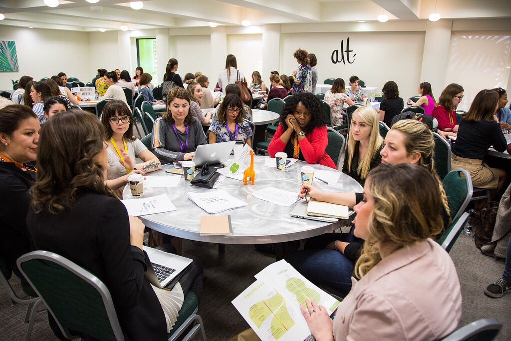 That's me in the corner, completely engrossed in a roundtable discussion about PR pitches and getting published from CEO of Appleseed Communications,  Ashley Crouch . She's a boss.