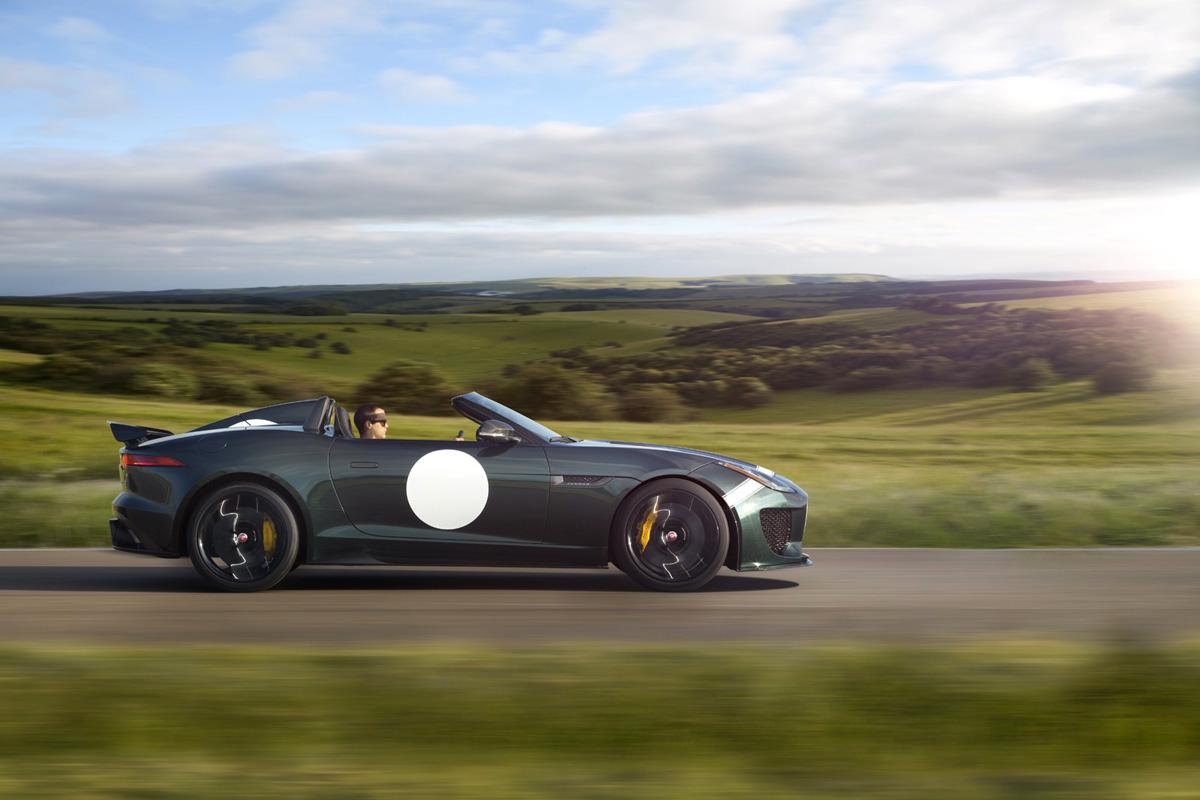Jaguar-F-Type-Project-7-side-driving.jpg