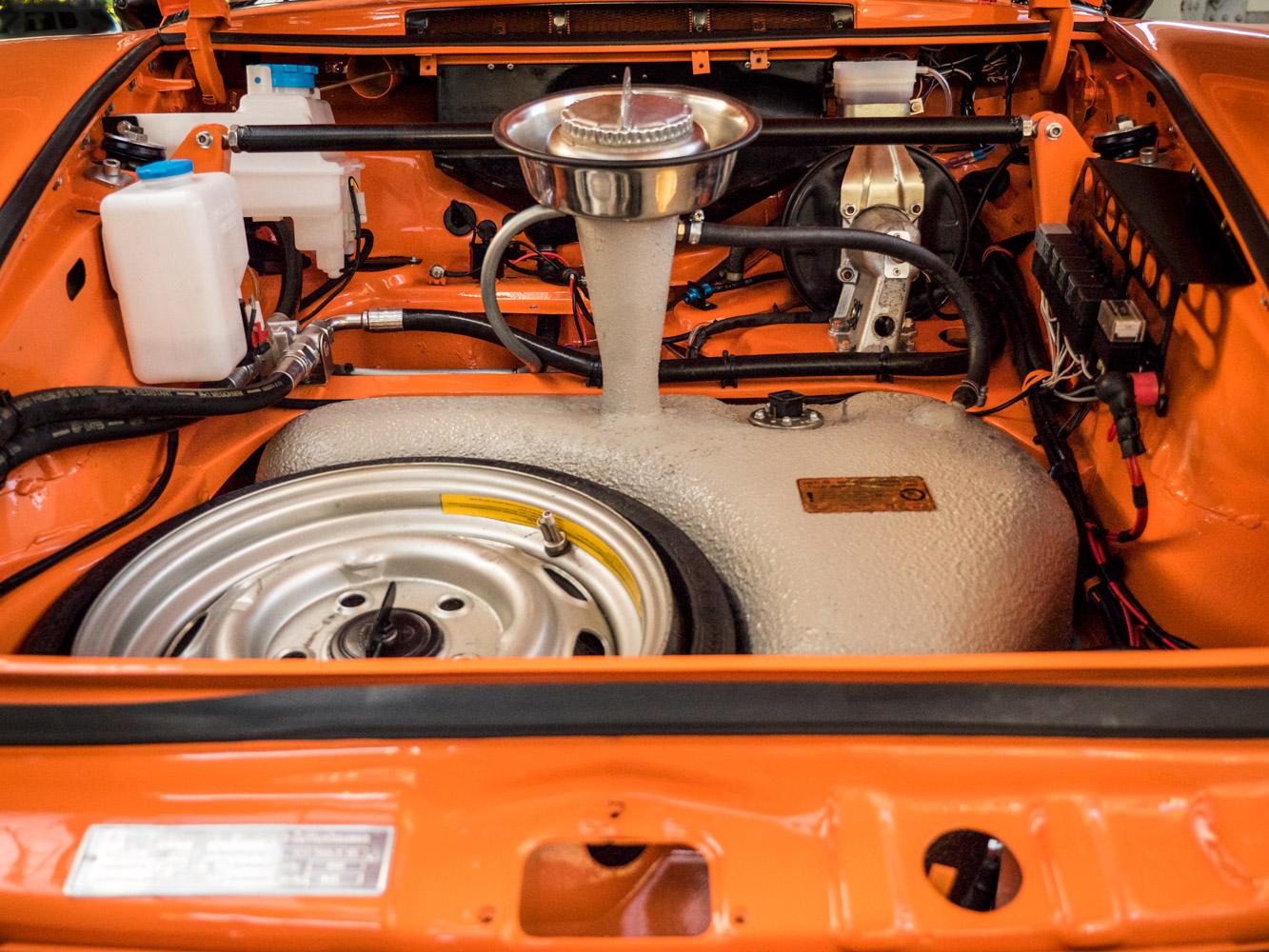 1969 Porsche 911 Carrera - 22.jpg.jpg