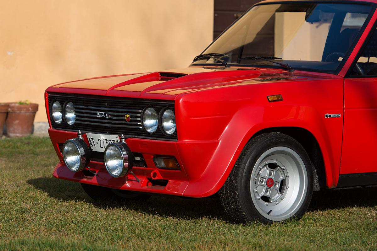 1976 Fiat 131 Abarth-4.jpg