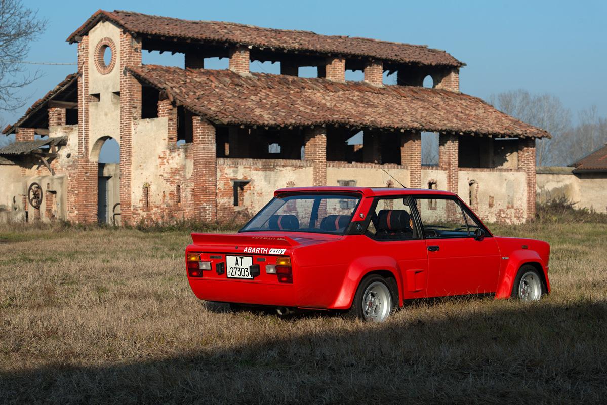 1976 Fiat 131 Abarth-11.jpg