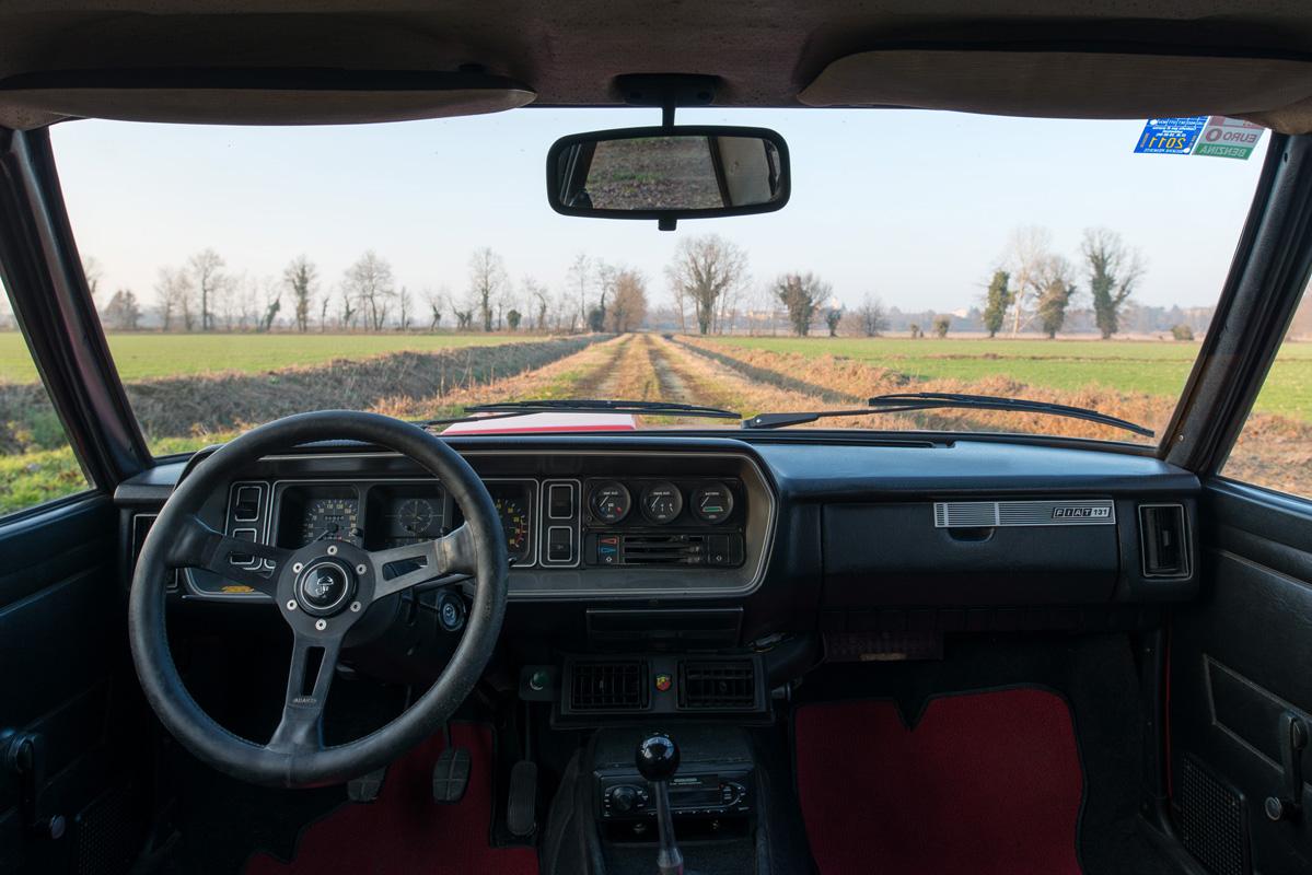1976 Fiat 131 Abarth-22.jpg