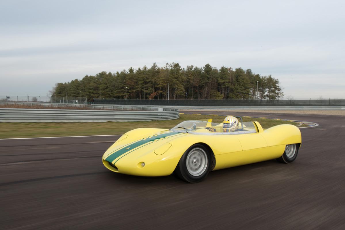 1964 De Sanctis Sport SP 1000-29.jpg