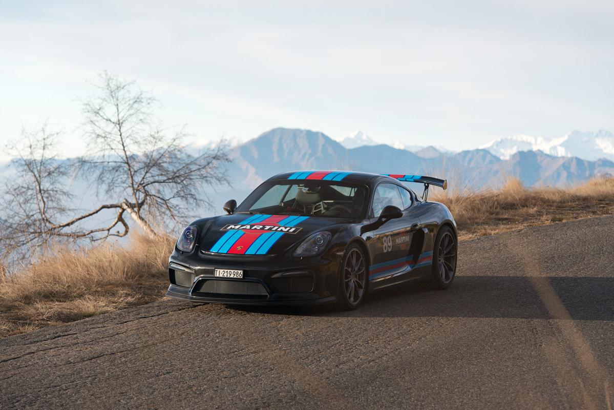 Cayman GT4-4.jpg