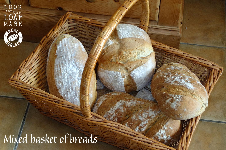 Bread basket 6 loaves copy.jpg