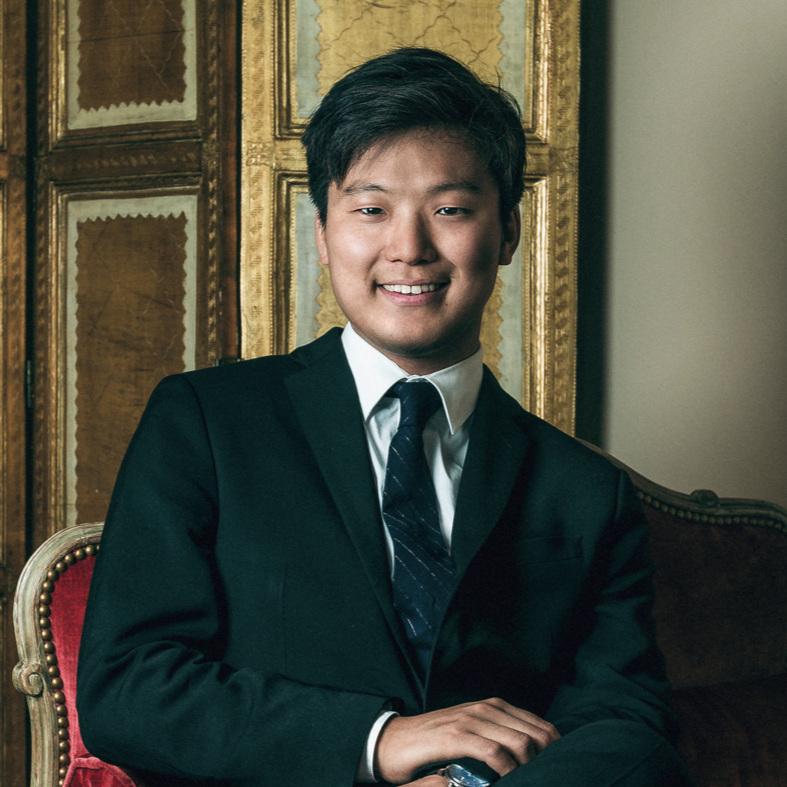 Siwoo Kim   violin, concertmaster