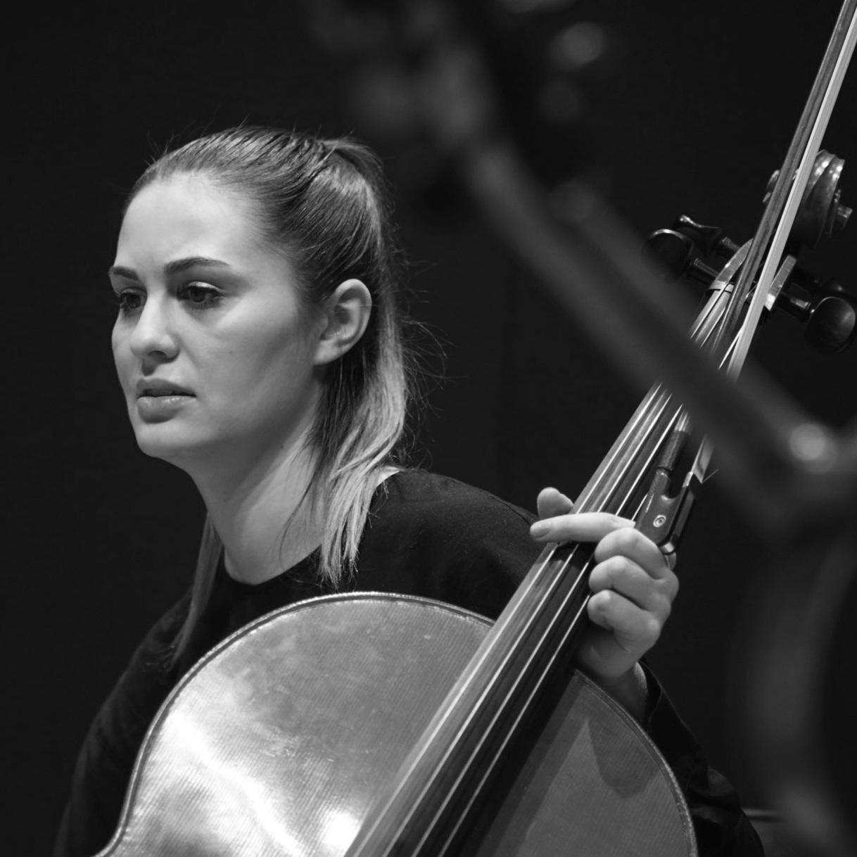 Madeline Fayette   cello