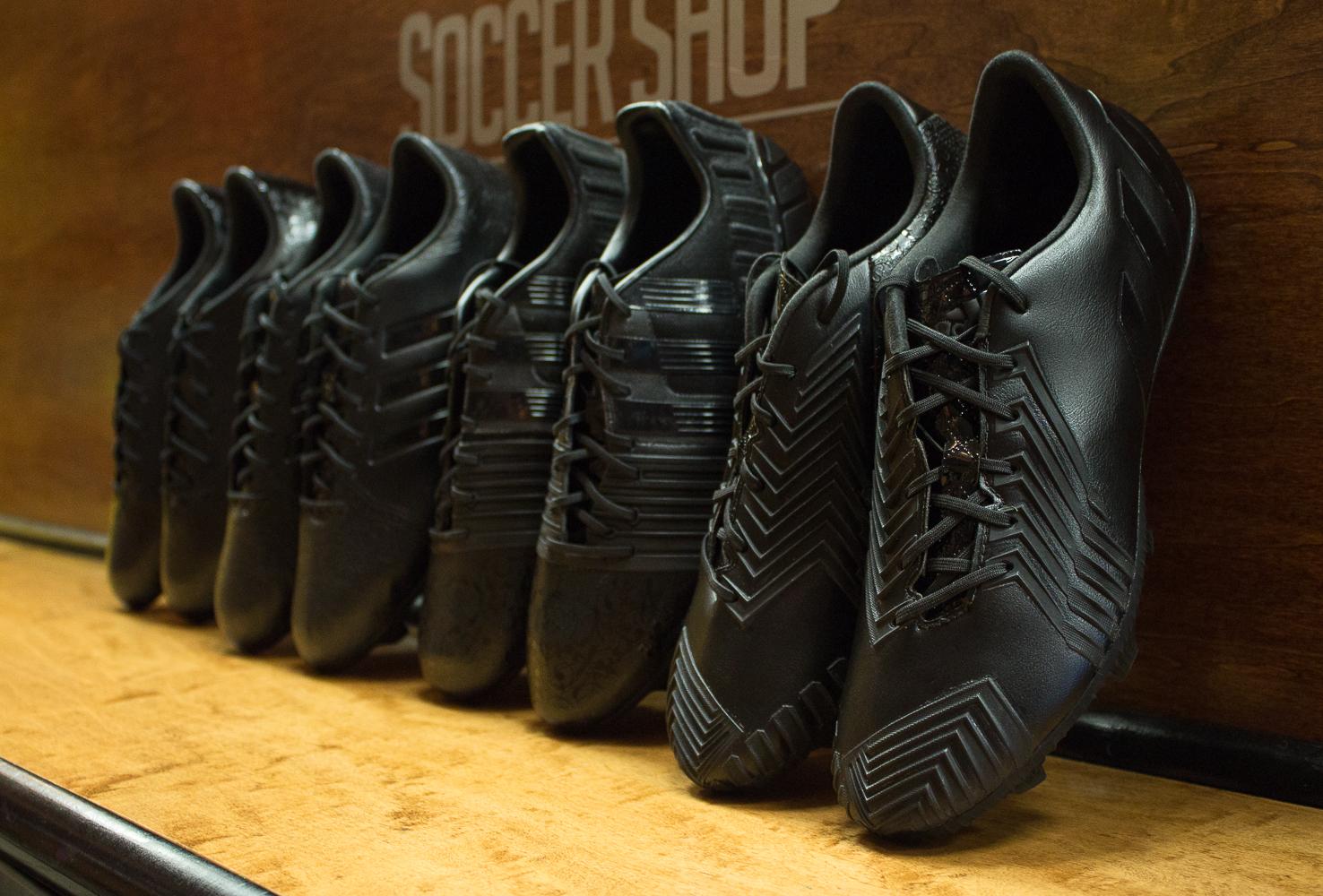 adidas-black-knight-pack-2015.jpg