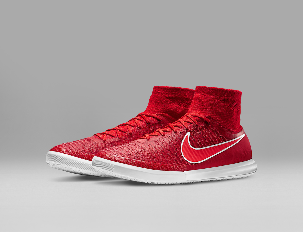 nike magistax red