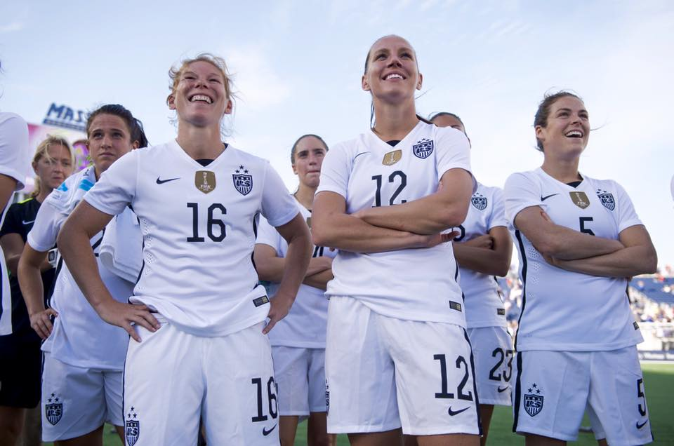 uswnt-lauren-holiday-lori-chalupny