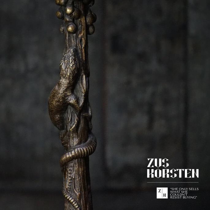 Lizard-Candle-Stick-03.jpg