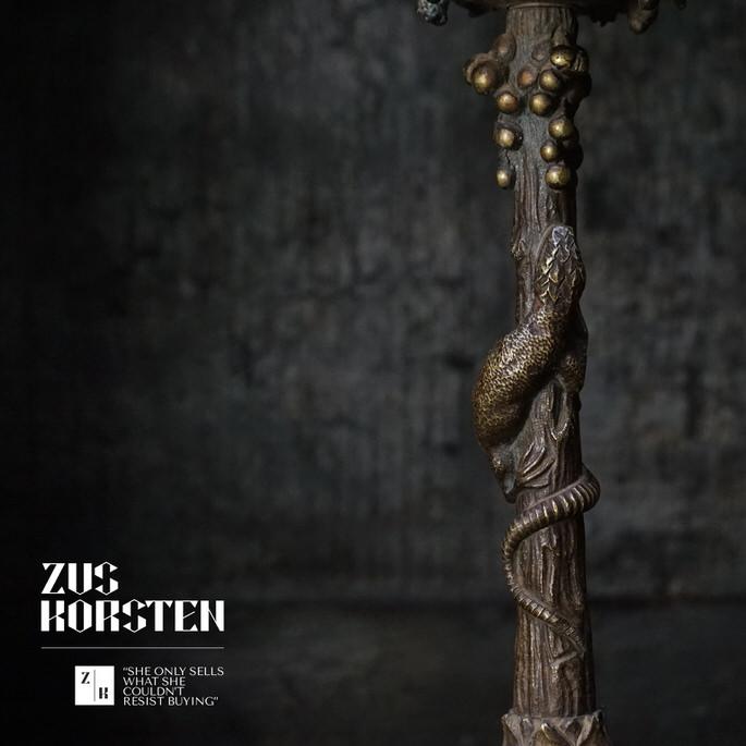 Lizard-Candle-Stick-06.jpg