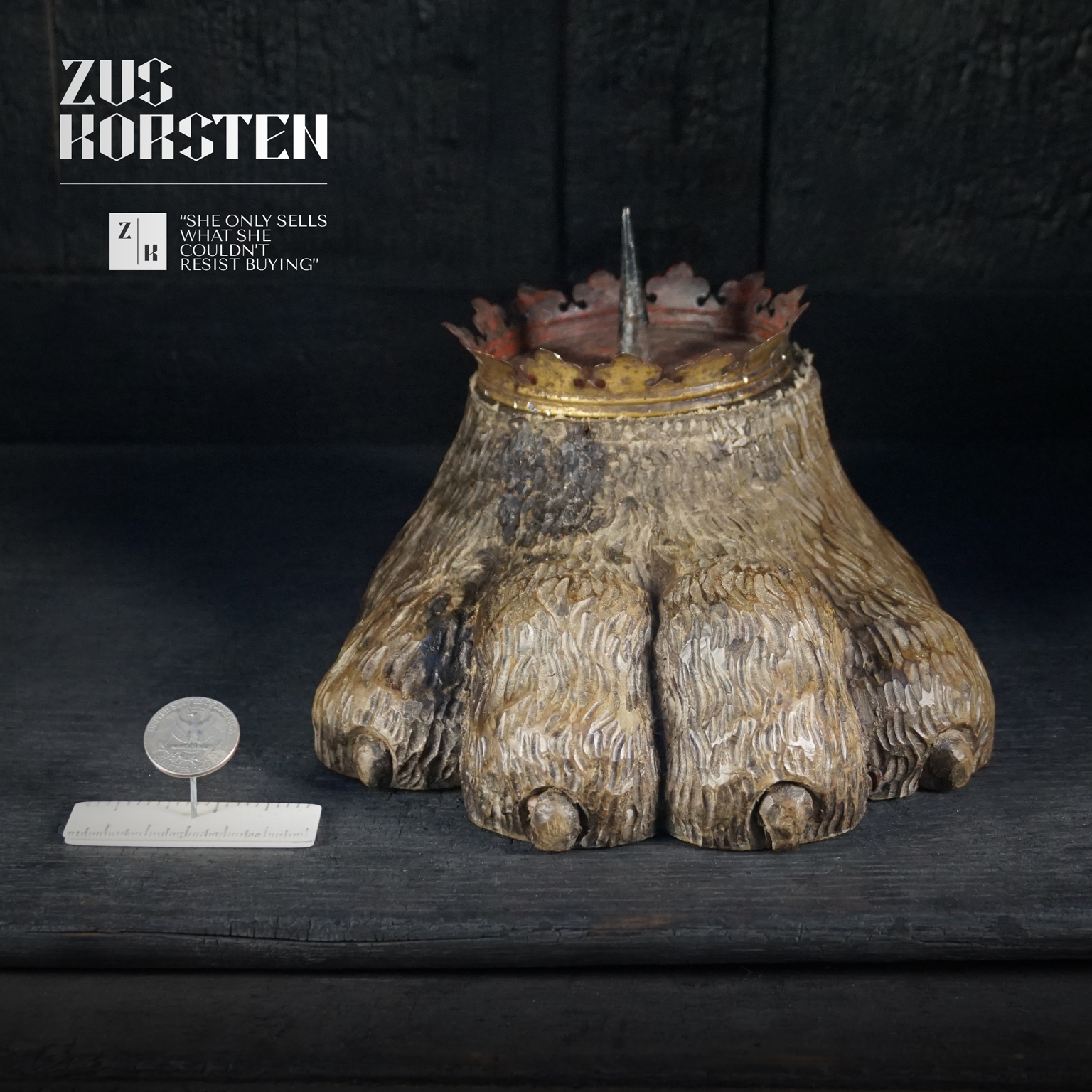 Lion-Foot-Candle-02.jpg