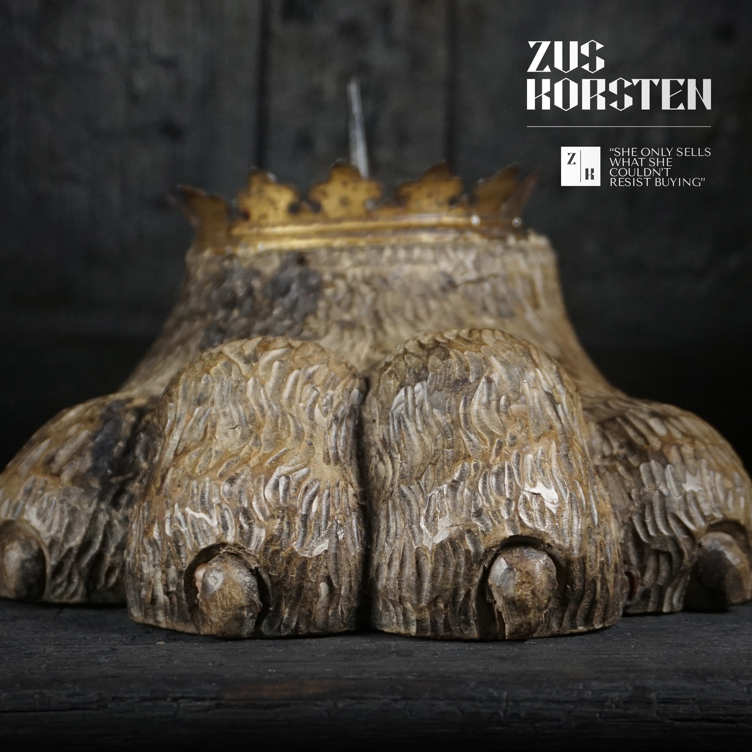Lion-Foot-Candle-09.jpg