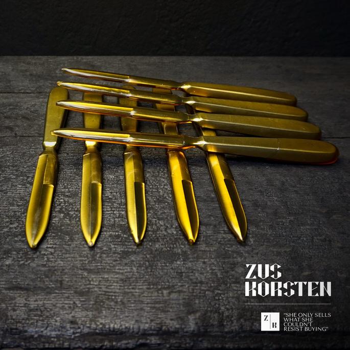 Knives-08.jpg