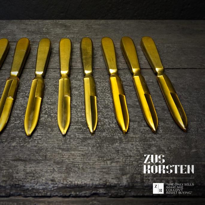 Knives-09.jpg