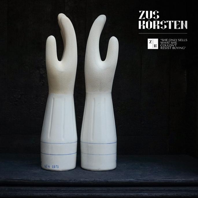 Ceramic-Hands-07.jpg