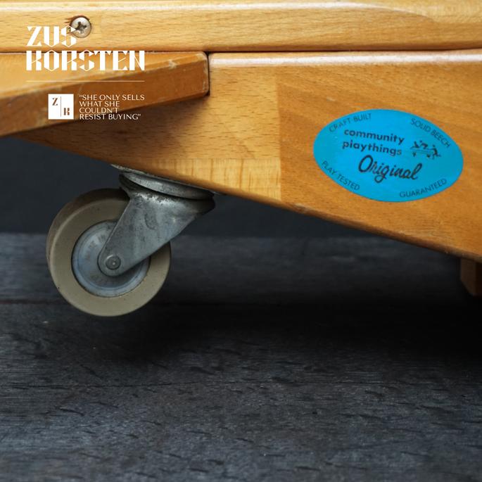 wooden-Plane-Toy-03.jpg
