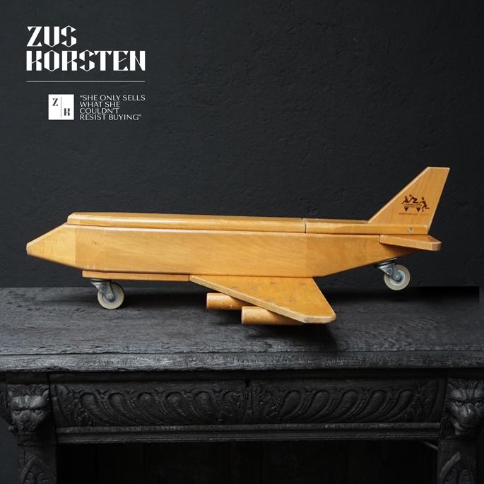 wooden-Plane-Toy-14.jpg