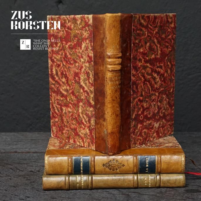 3-Secret-Books-07.jpg