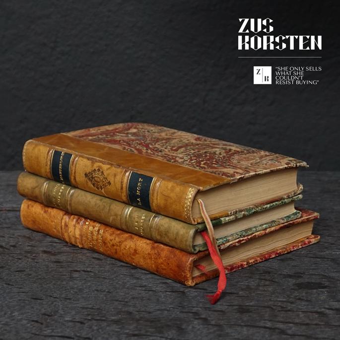 3-Secret-Books-13.jpg