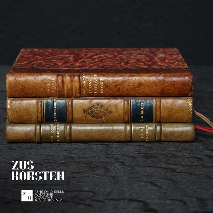 3-Secret-Books-14.jpg