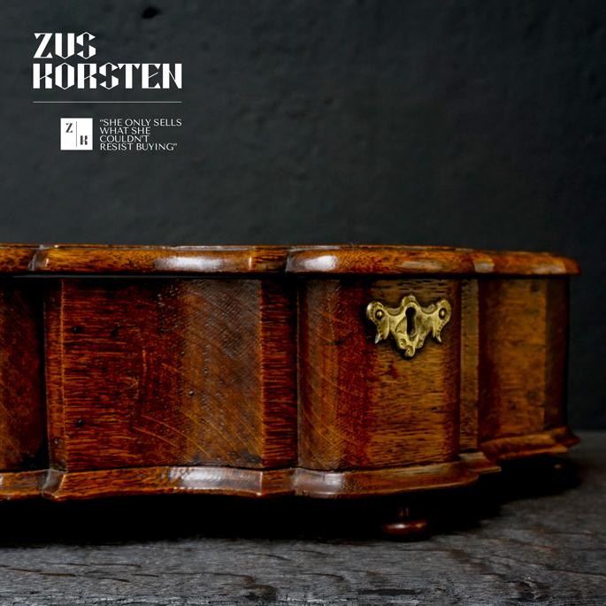 Cartouche-Box-16.jpg