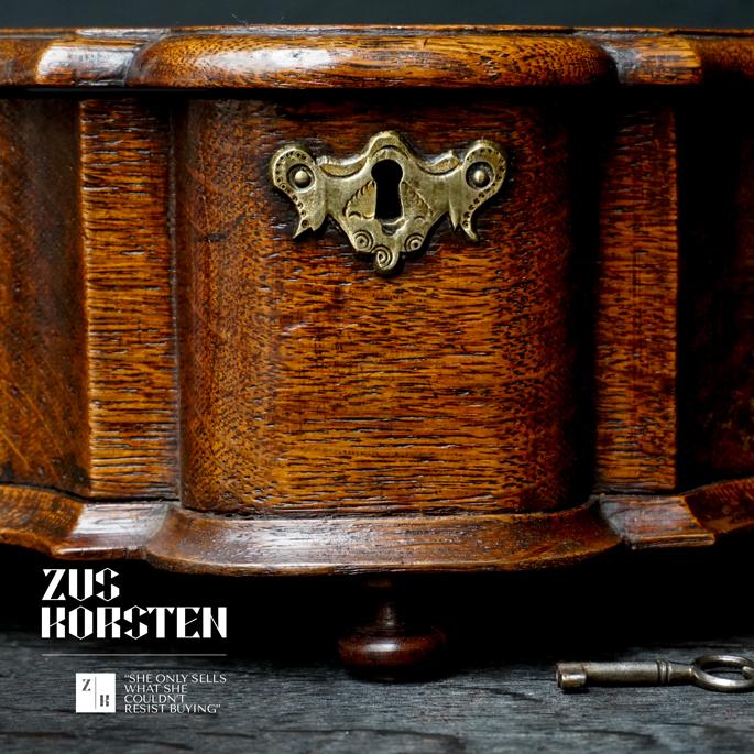 Cartouche-Box-17.jpg