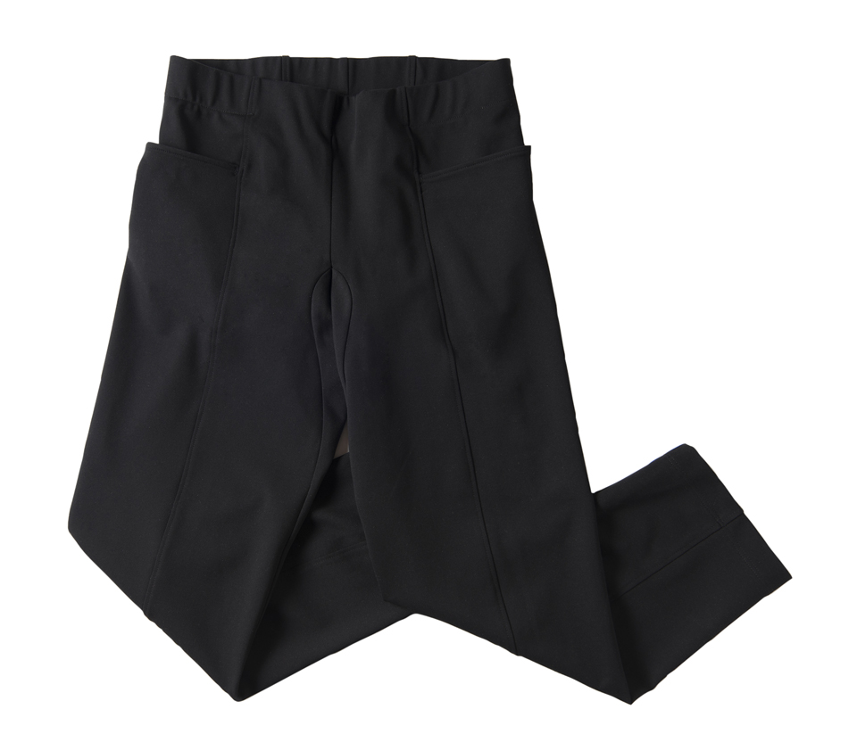 Wide elastic waistband, full through the thighs, and tapered ankle make this a very ridable pant