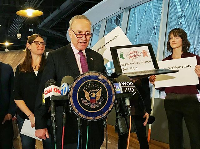 Seeing Star Wars tonight, but this laptop gag from Senator Chuck Schumer was the most entertaining thing I'll encounter today. #CUNYJReports